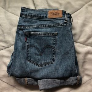 Levi's Straight Cut Jeans